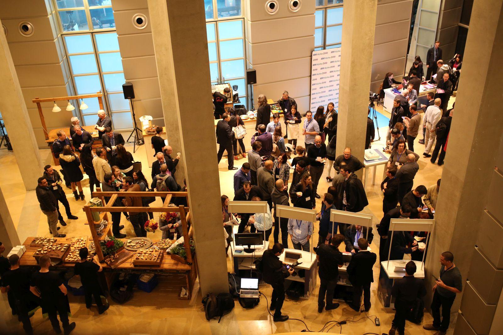 Mingling at the IBM Alpha Zone Accelerator Dec 2016 Event